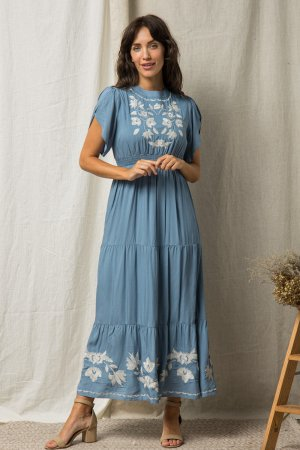 EMBROIDERED MAXI DRESS WITH TULIP SLEEVES