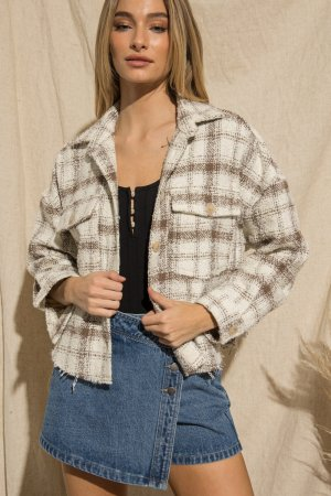 BUTTON UP PLAID JACKET WITH FRONT POCKETS